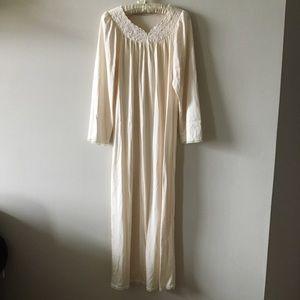 Vintage Shadowline long nylon nightgown small